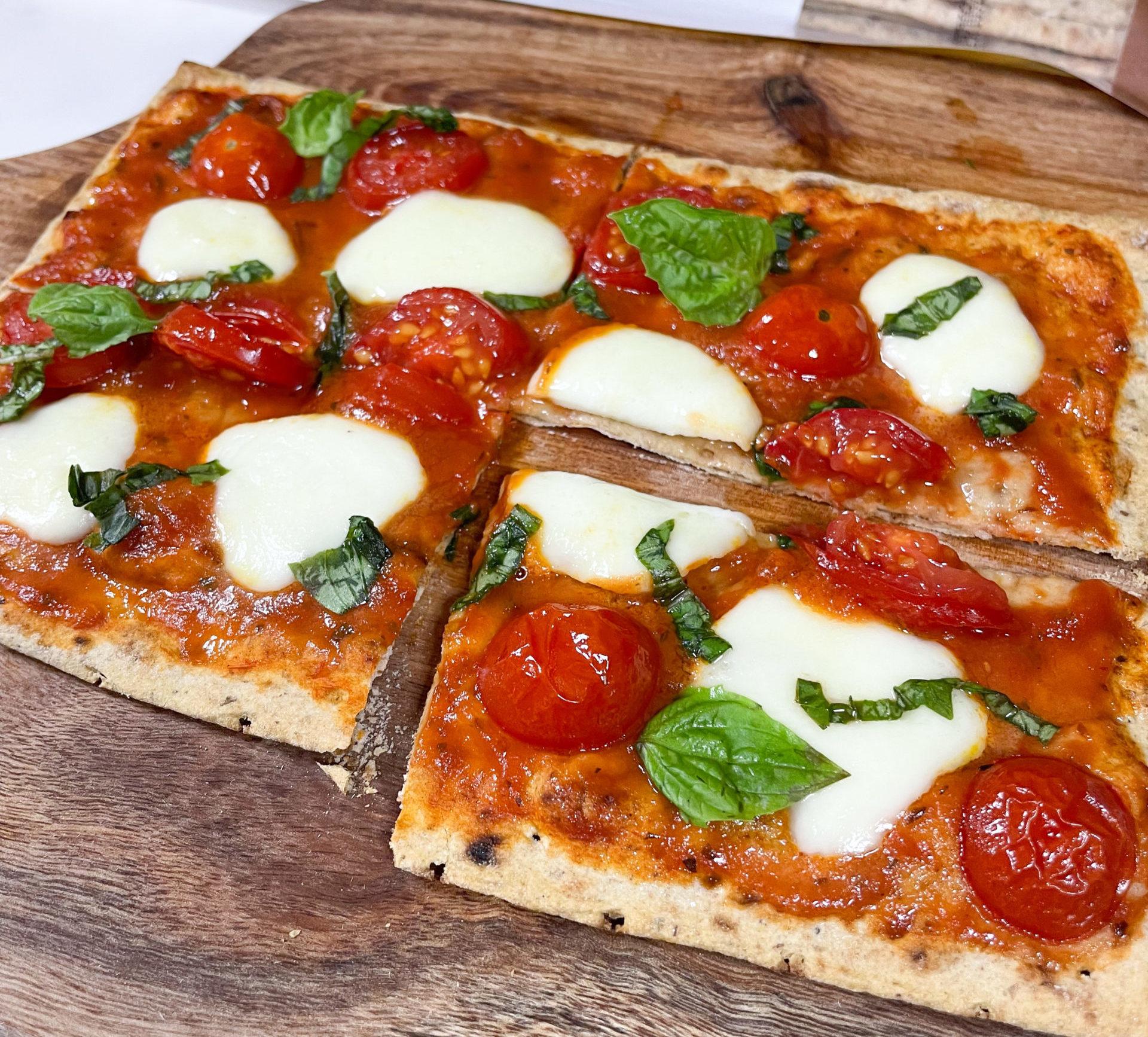 Lavash Margherita Pizza